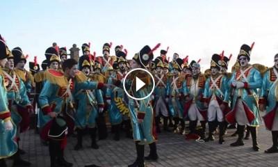 2015-02-19 20_22_13-Los Simplones superan el reto de MurgasCanarias.es a cantar su despedida en plen