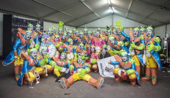 LANZAROTE/10-02-15. 2º dia Concurso murgas del carnaval de Arrecife. Murga Los Ensalitraos. /JAVIER FUENTES.